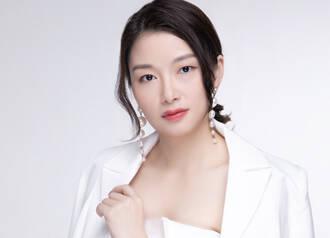 石亚 Sophia Shi